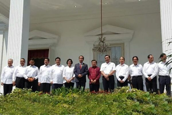 Inilah 13 Nama Hasil Reshuffle Kabinet Jokowi