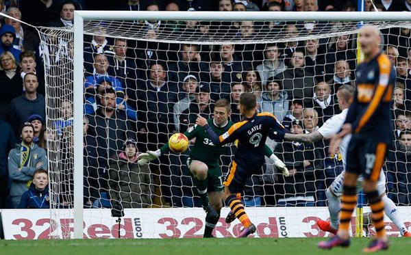 Leeds United - Newcastle United 0:2 Cx9ZUbHXAAMmcIN